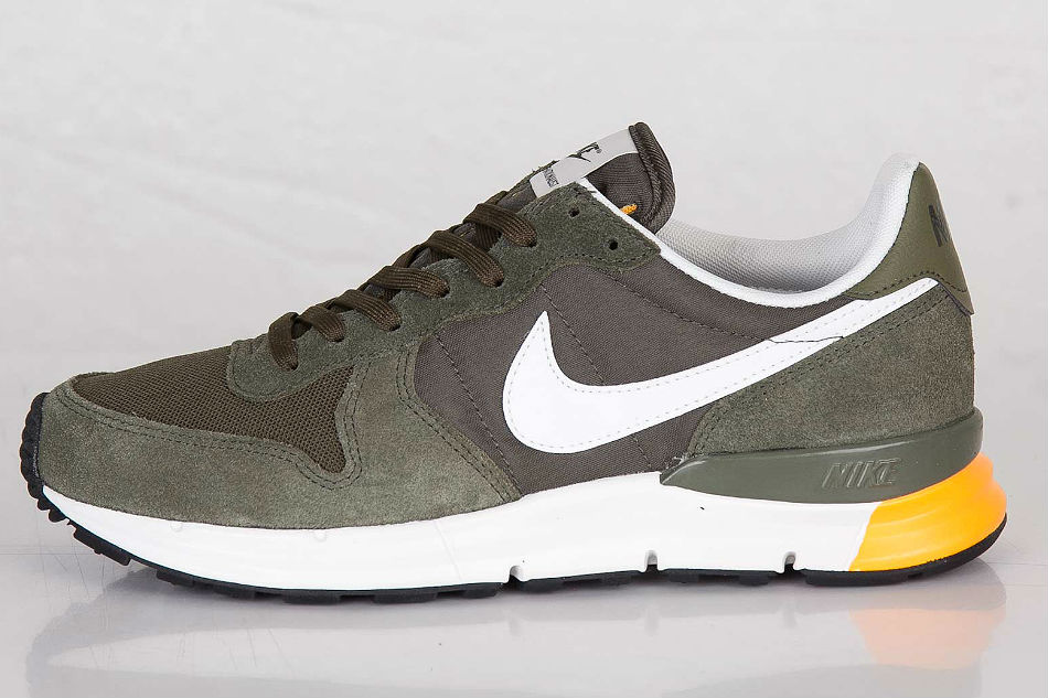nike lunar internationalist cargo khaki cult edge. Black Bedroom Furniture Sets. Home Design Ideas
